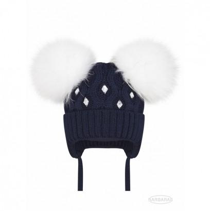Бебешка плетена шапка Barbaras за момиче с естествен помпон от енот